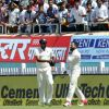 Video: Virat Kohli hurts shoulder, rushed off the field during India-Australia Test