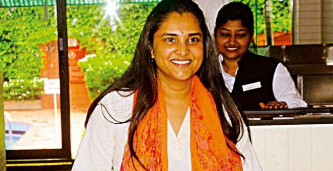 Actress-politician Ramya on fire, this time targets RSS!