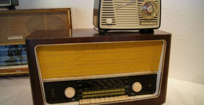 Return of radio lifts spirits of Telangana students