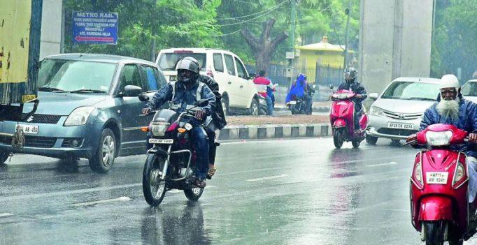 Heavy rains, flooding in Telangana, Andhra Pradesh districts