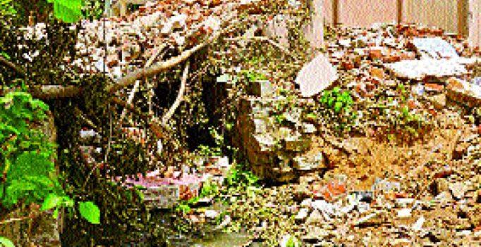 Guest column: Alert! BBMP demolition rubble will cause flooding