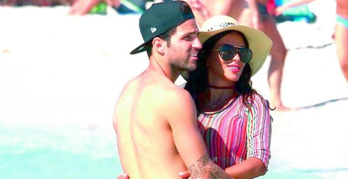 Cesc Fabregas, Daniella hit the beach