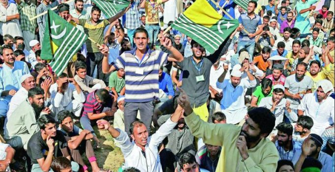Fresh clashes in Jammu and Kashmir