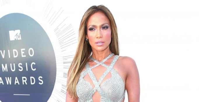 Jennifer Lopez and Casper Smart call it quits