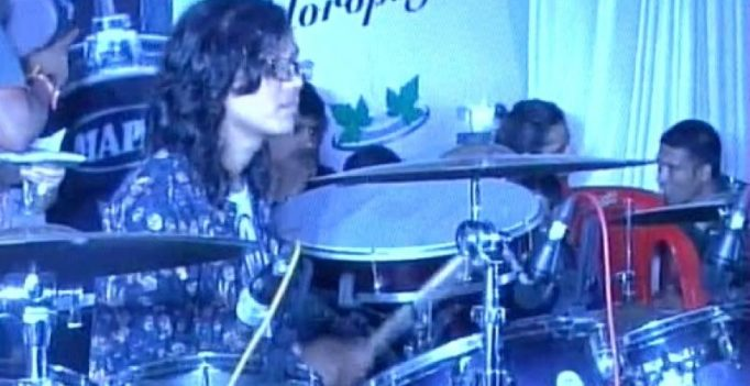 Indore woman breaks world record for longest drumming session