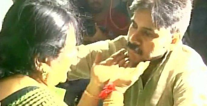 After altercation over stardom, Jr NTR follower kills Pawan Kalyan fan
