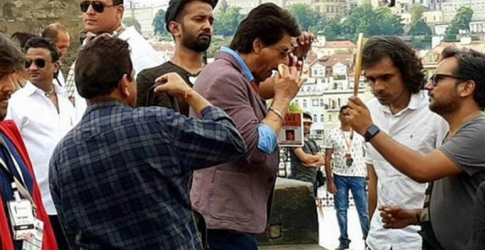 Inside pics: Shah Rukh Khan snapped shooting for Imtiaz Ali's next in Prague