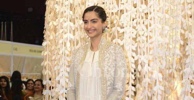Veere Di Wedding will be shot in April post Kareena's delivery: Sonam Kapoor