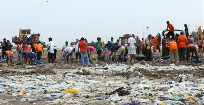 Video: Mumbaikar's come together for biggest beach clean-up ever