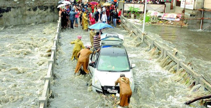 Heavy rain lash Hyderabad; MET department lets down again