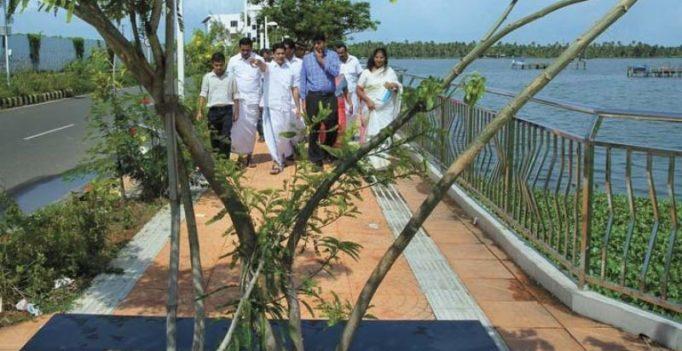 Kochi: Collector, Hibi Eden visit Queens Walkway