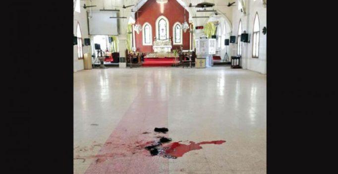 Jilted lover hacks Tamil Nadu teacher in church