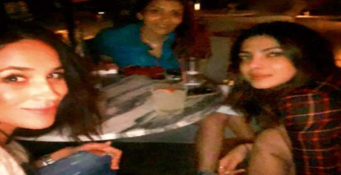 Priyanka Chopra hangs out with Suits' Meghan Markle