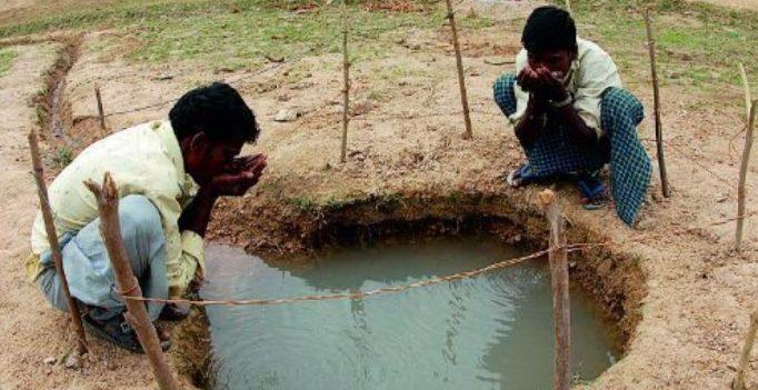 Karnataka: Groundwater level dips, water has chemicals