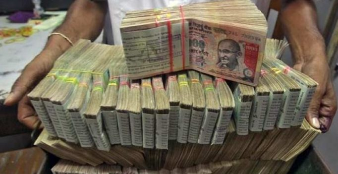 FIR against 6 as scrapped notes worth Rs 1.19 crore goes missing