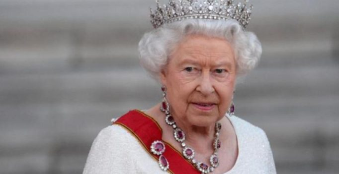 Bloody hell Your Majesty! I almost shot you: Guard mistakes Queen as trespasser