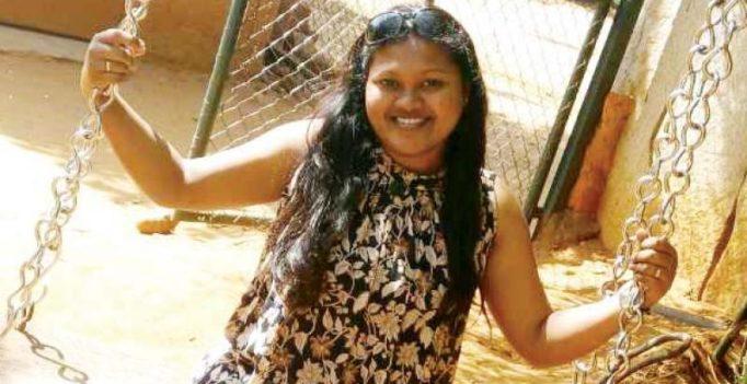 Bengaluru: Woman throws acid, slashes boyfriend's face