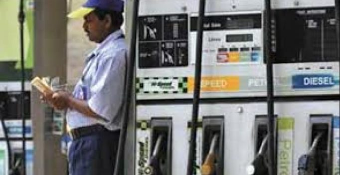 No extra charge for card payments at petrol pumps: Government