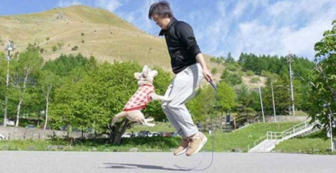 Video: Man sets world record for skipping using single rope with his dog