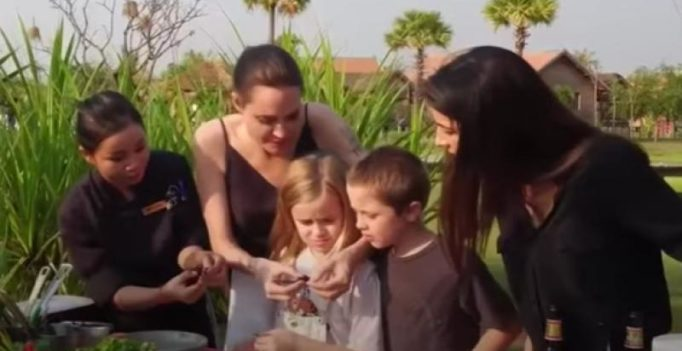 Angelina Jolie, kids enjoy 'tasty' spiders, crickets and tarantulas in Cambodia