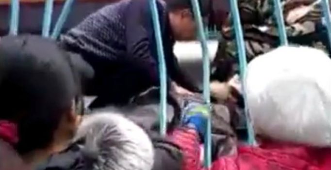 China: Nightmare ensues as teenager thrown off joyride, dies