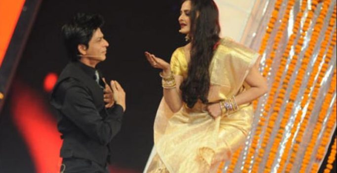 Veteran actress Rekha to award Yash Chopra Memorial Award to Shah Rukh Khan!