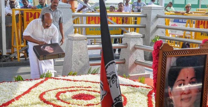 Heated exchange in TN House over placing budget copy at Jaya memorial