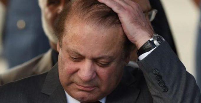 Pak lawyers association demands Sharif's resignation or face consequences