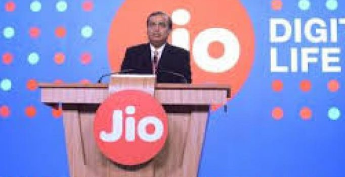 Reliance Jio tops 4G download speed, shows TRAI
