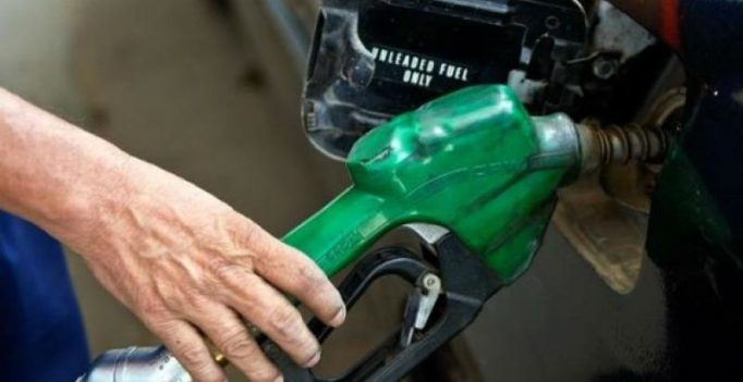 Oil ministry mulls home delivery of petrol, diesel