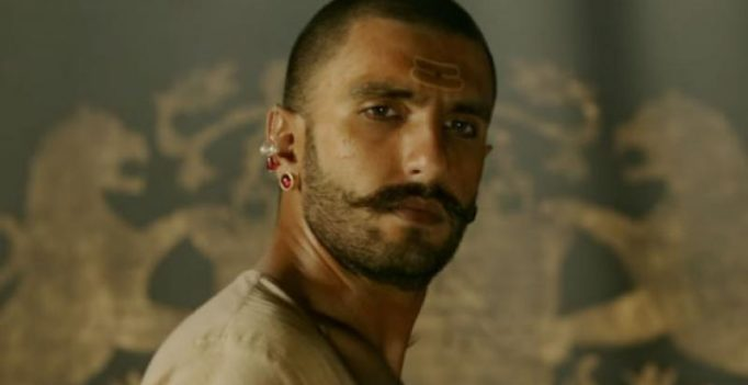Ranveer Singh suffers injury on Padmavati set, continues shooting