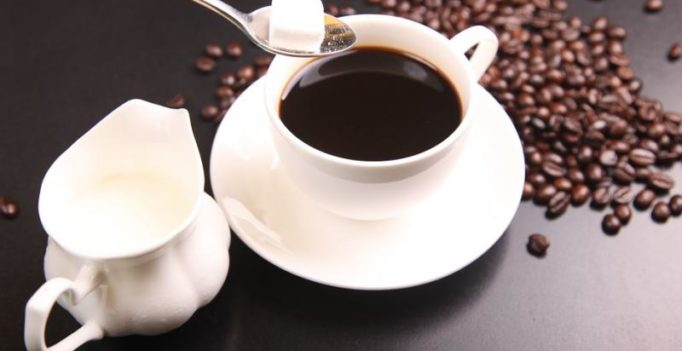 Drinking coffee may give you longer life