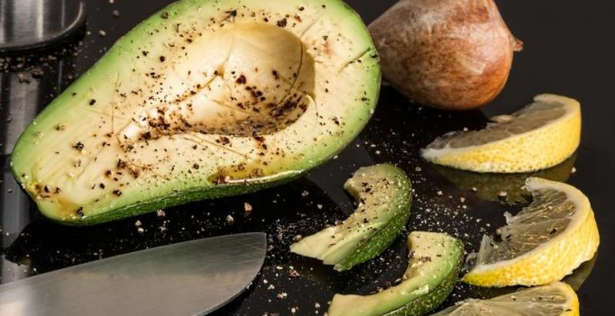 Diet with spinach, kale, avocado helps keep brain young