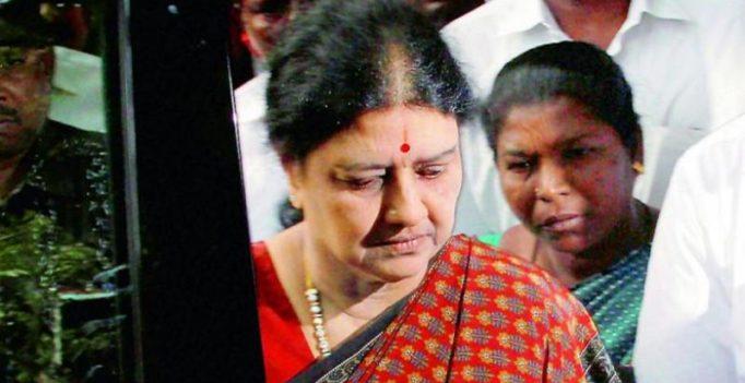 AIADMK Amma MLA praises Sasikala; likens TN CM to 'Bharath'
