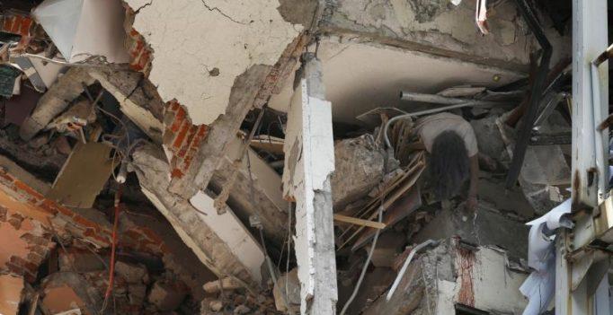 New earthquake, magnitude 6.1, shakes jittery Mexico