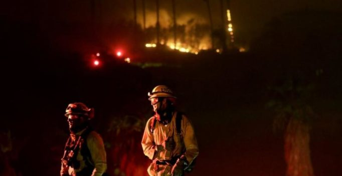 California wildfire: Firefighters struggle as they stop 6 large fires from spreading