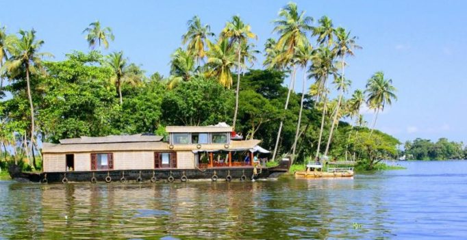 Kerala hopes to see 15 pc growth in tourist arrivals in 2018
