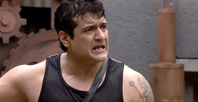 'Bigg Boss' actor Armaan Kohli assaults live-in girlfriend, badly injures her, booked