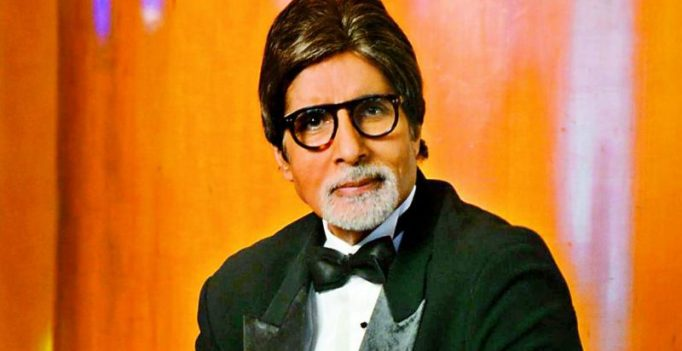 Amitabh Bachchan flies to India to be with the Nandas
