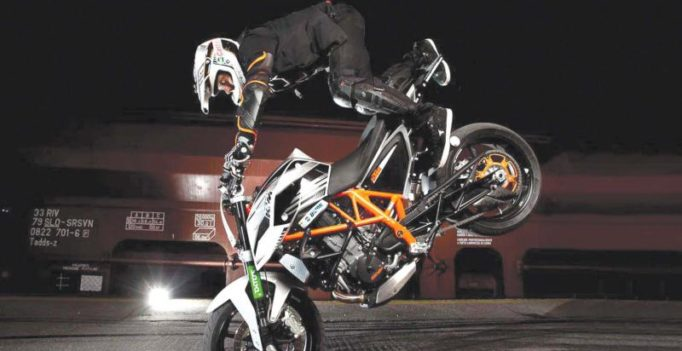 We will penalise if you try 'Mission Impossible' stunts: Mumbai police to bikers