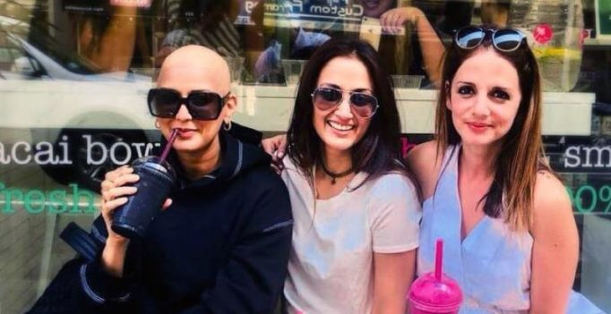 Bald is Beautiful: Sonali with Sussanne-Hrithik, SRK's ex-co-star on Friendship Day