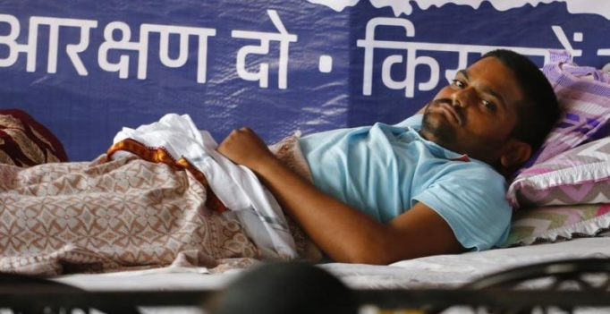 As Hardik Patel loses 20 kgs in hunger strike, Gujarat govt steps in
