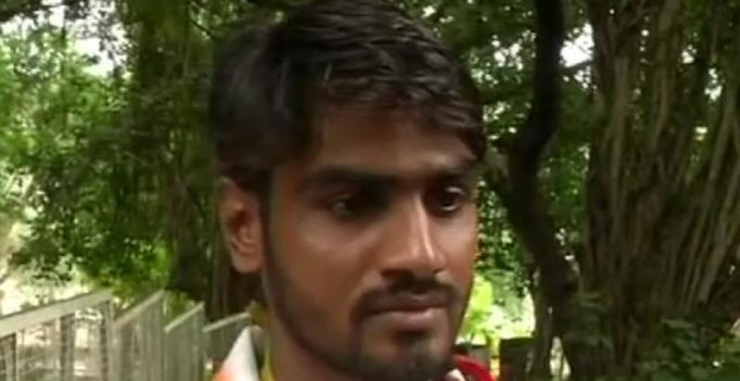 National level para-athlete Manmohan Singh Lodhi forced to beg on Bhopal streets