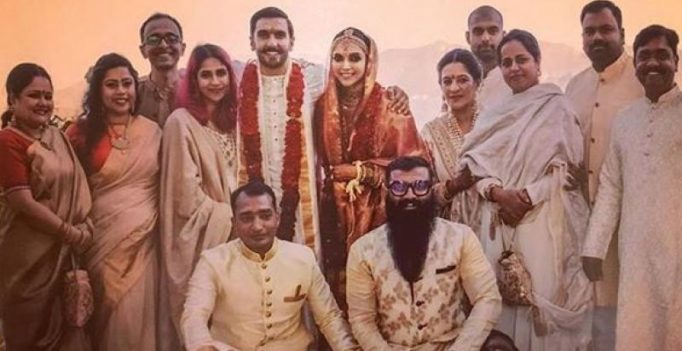 Latest pics from DeepVeer's wedding, featuring ladkiwale and ladkewale