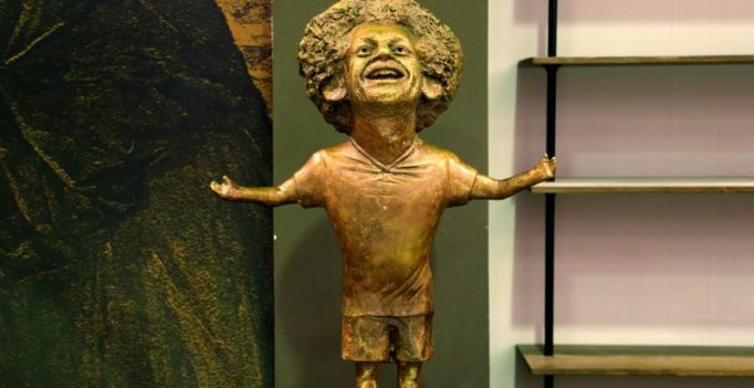 Egyptian king or dwarf? Mohamed Salah statue mocked online brutally