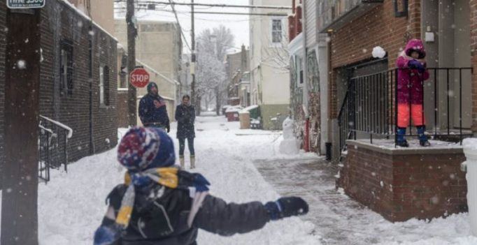 9-yr-old boy overturns century-old ban on snowball fights in Colorado town